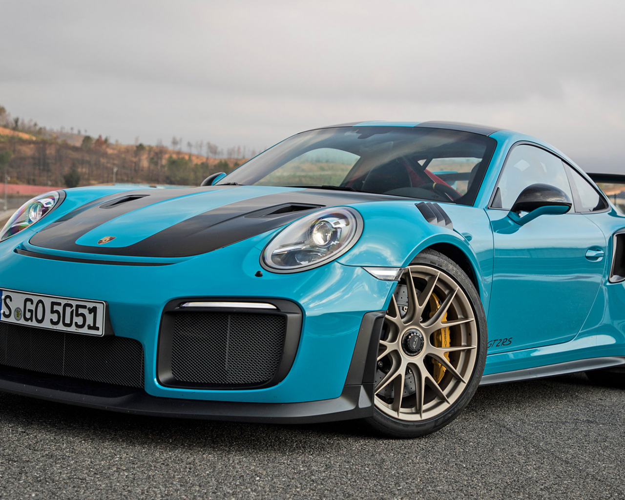 Free Download 2018 Porsche 911 Gt2 Rs Wallpapers Hd Images