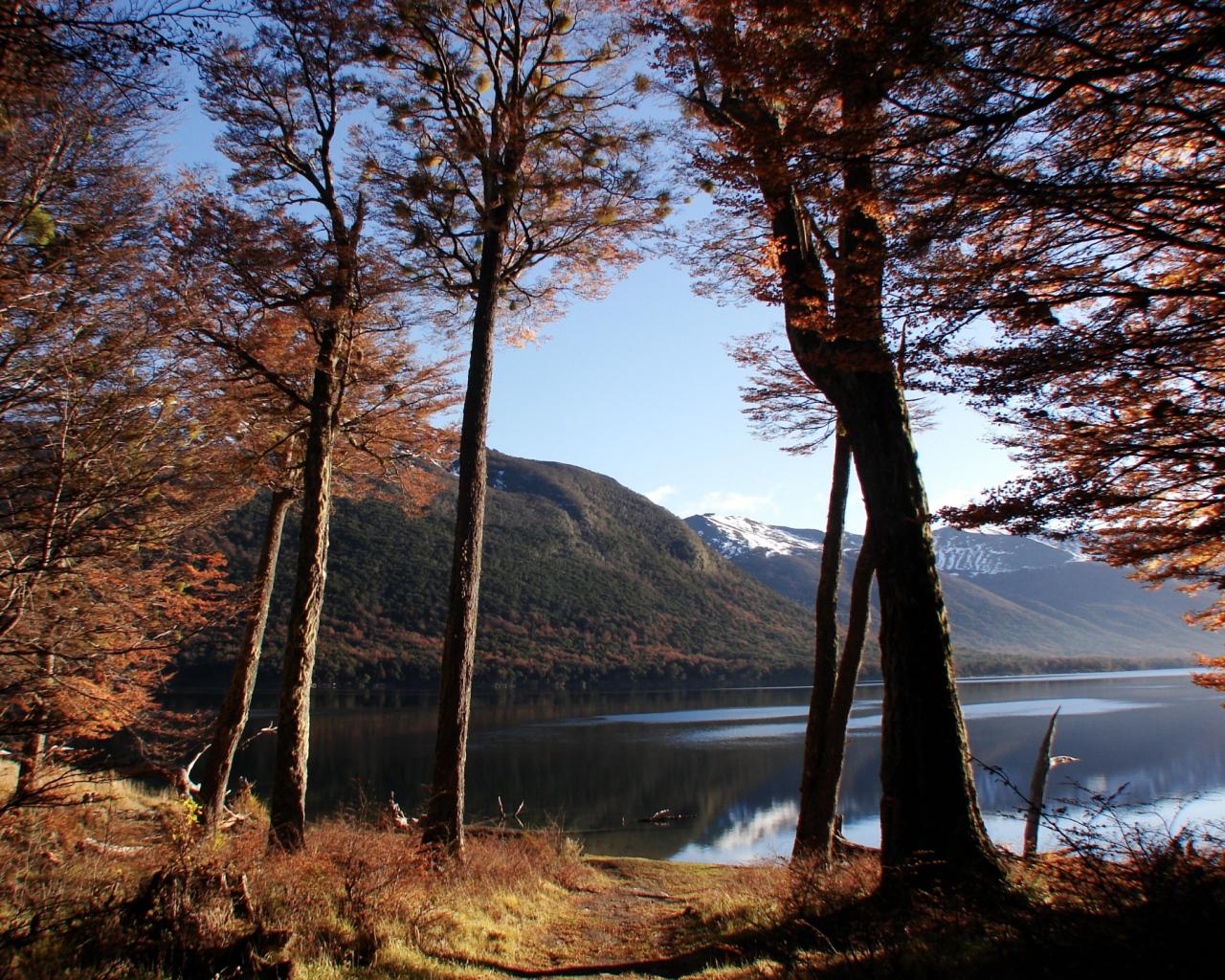 Autumn Lake Wallpapers 10544