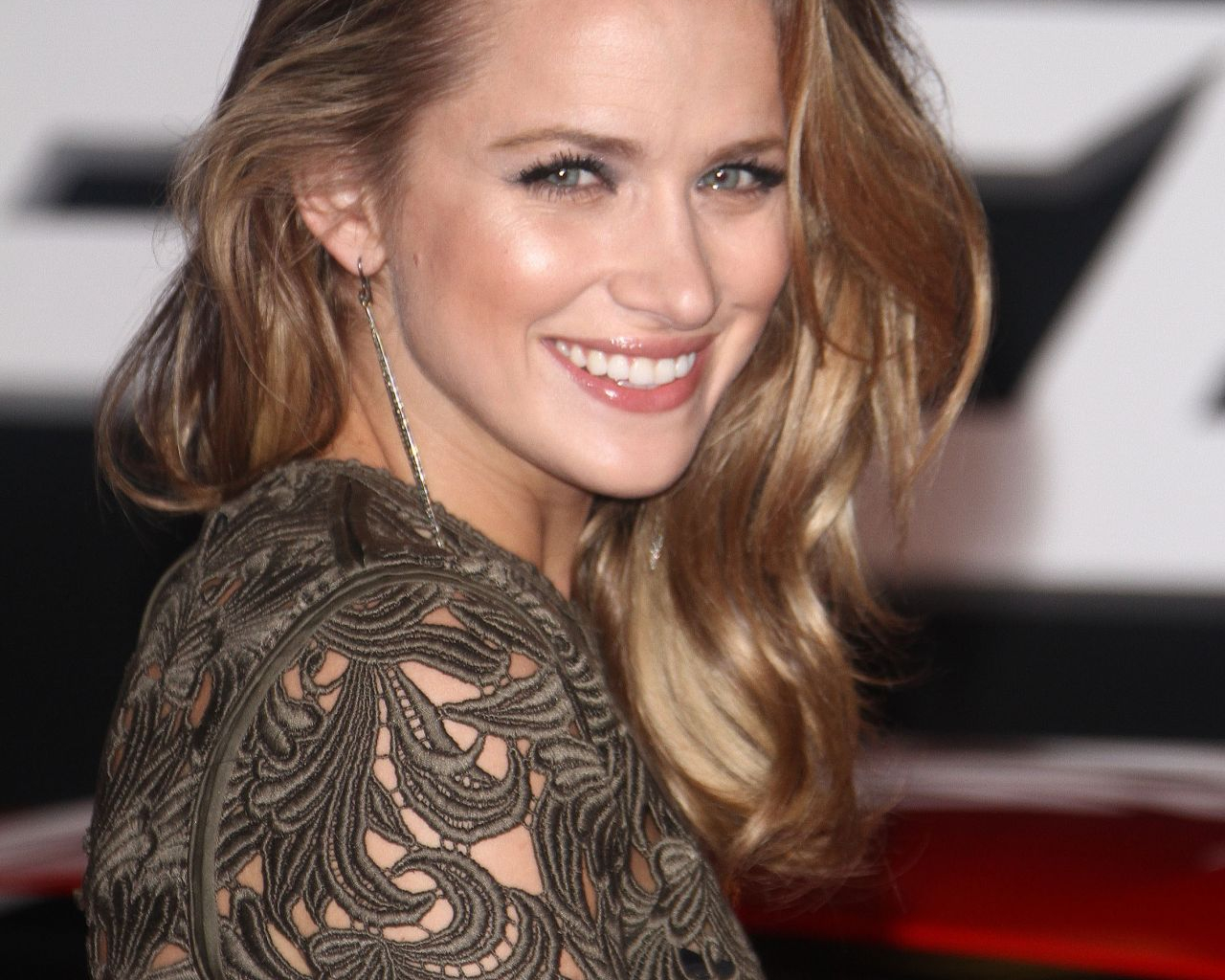 Free Download Shantel Vansanten Wallpaper Hd Wallpapers