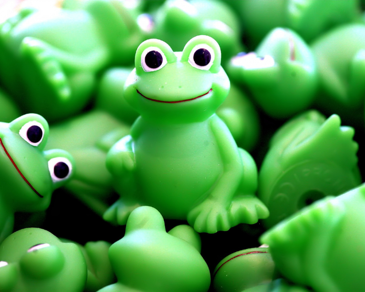 Free Download Green Frogs Wallpapers55com Best Wallpapers For Pcs Laptops 1600x1200 For Your Desktop Mobile Tablet Explore 50 Animated Frog Wallpaper For Computer 3d Moving Wallpapers Free Here are only the best indie wallpapers. wallpapersafari