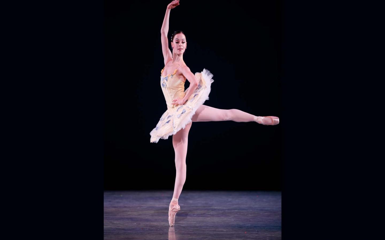 Free Download Ballet Dance Wallpaper Ballet Dancer X Wallpapers 1600x1200 For Your Desktop Mobile Tablet Explore 50 Ballet Dancer Wallpaper Ballet Dancer Wallpaper Ballet Wallpapers Dancer Wallpaper