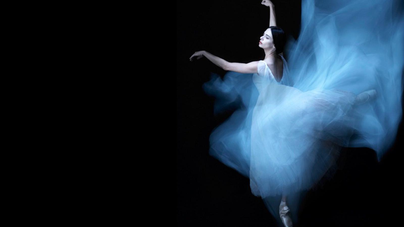 стерео обои танцовщица