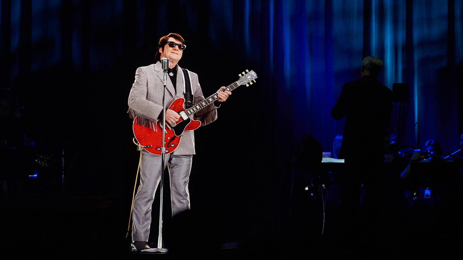 Free Download In Dreams A Roy Orbison Hologram Comes To The
