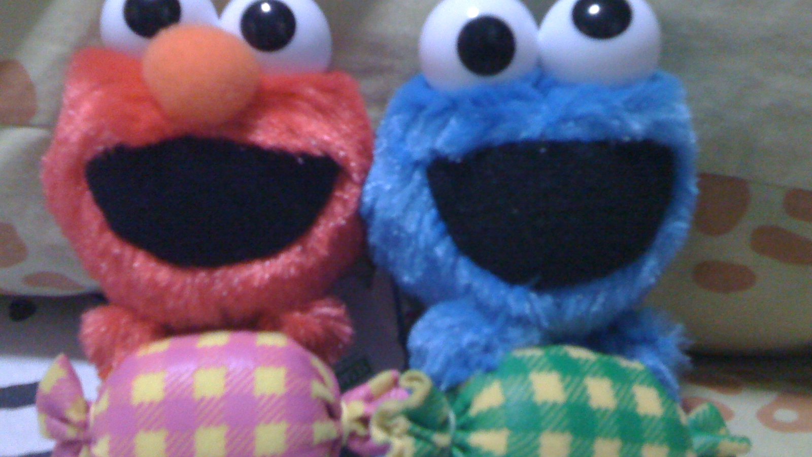 Cute Cookie Monster Wallpaper 1600x1200 Download Resolutions Desktop 1600x900