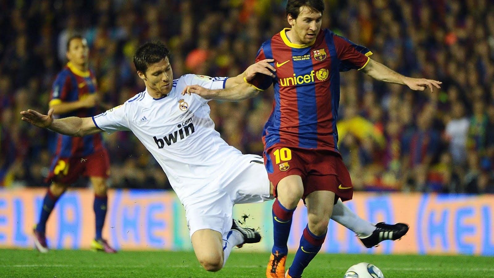 Free Download Wallpapers Backgrounds Lionel Messi Vs Cristiano