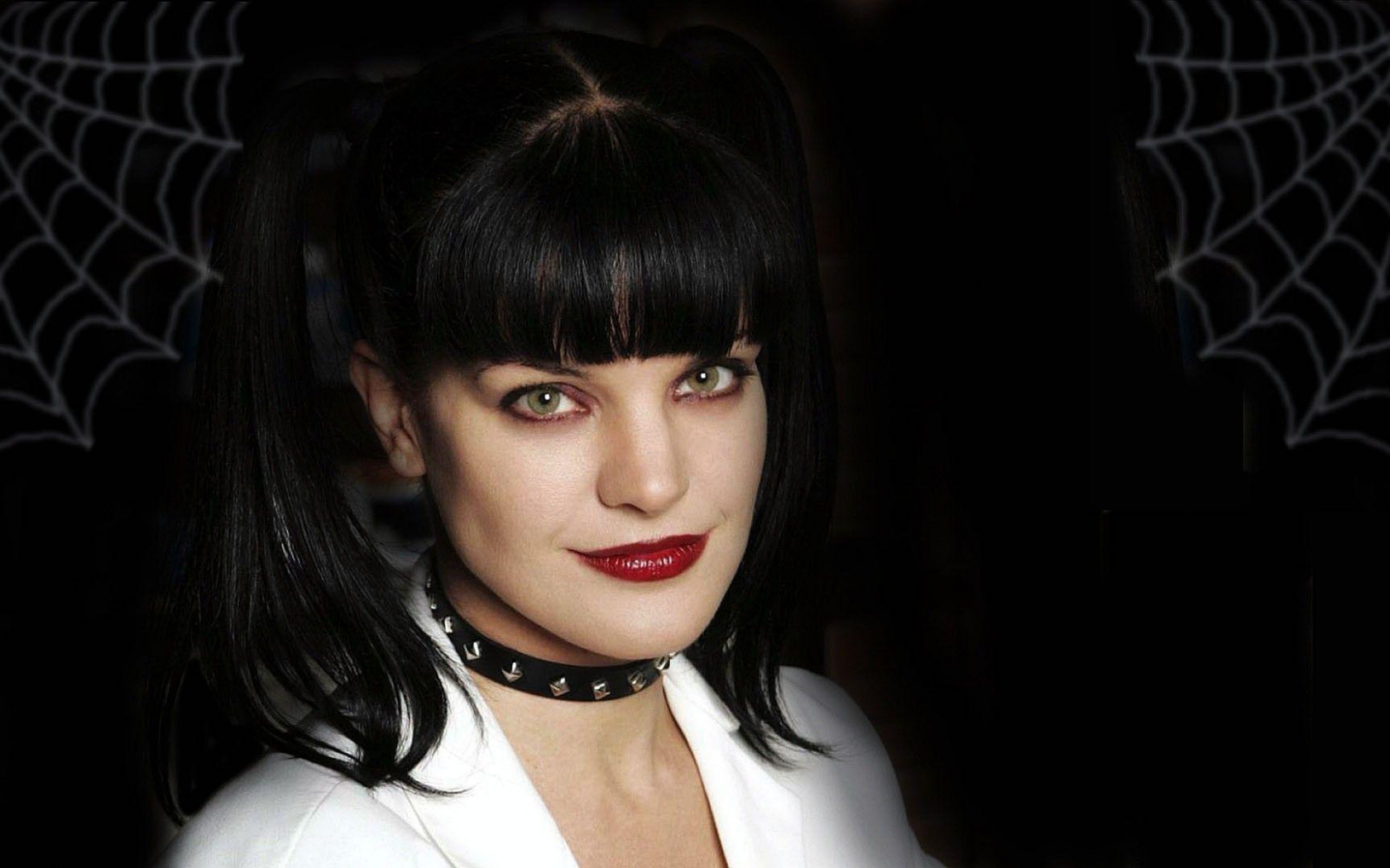 Pauley perrette pin up pictures 1