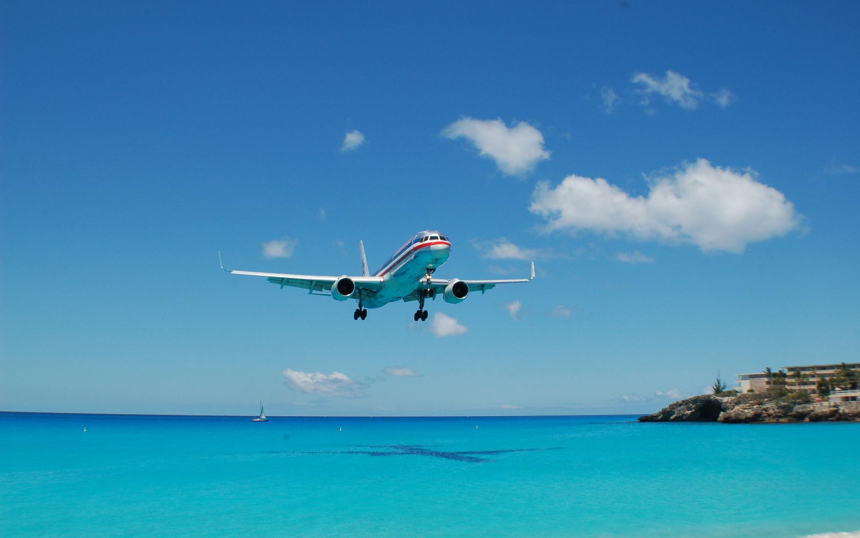 Free download Airplane HD Wallpaper