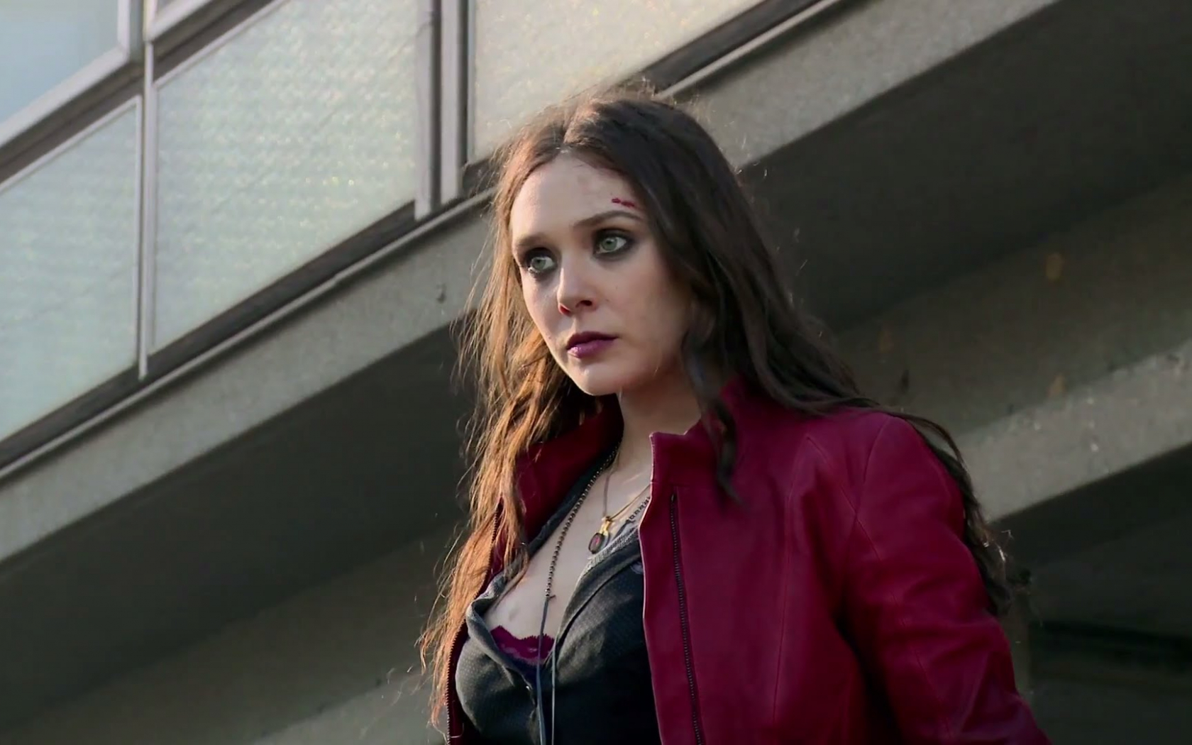 Free Download Elizabeth Olsen Says Scarlet Witch Will Be The Wild