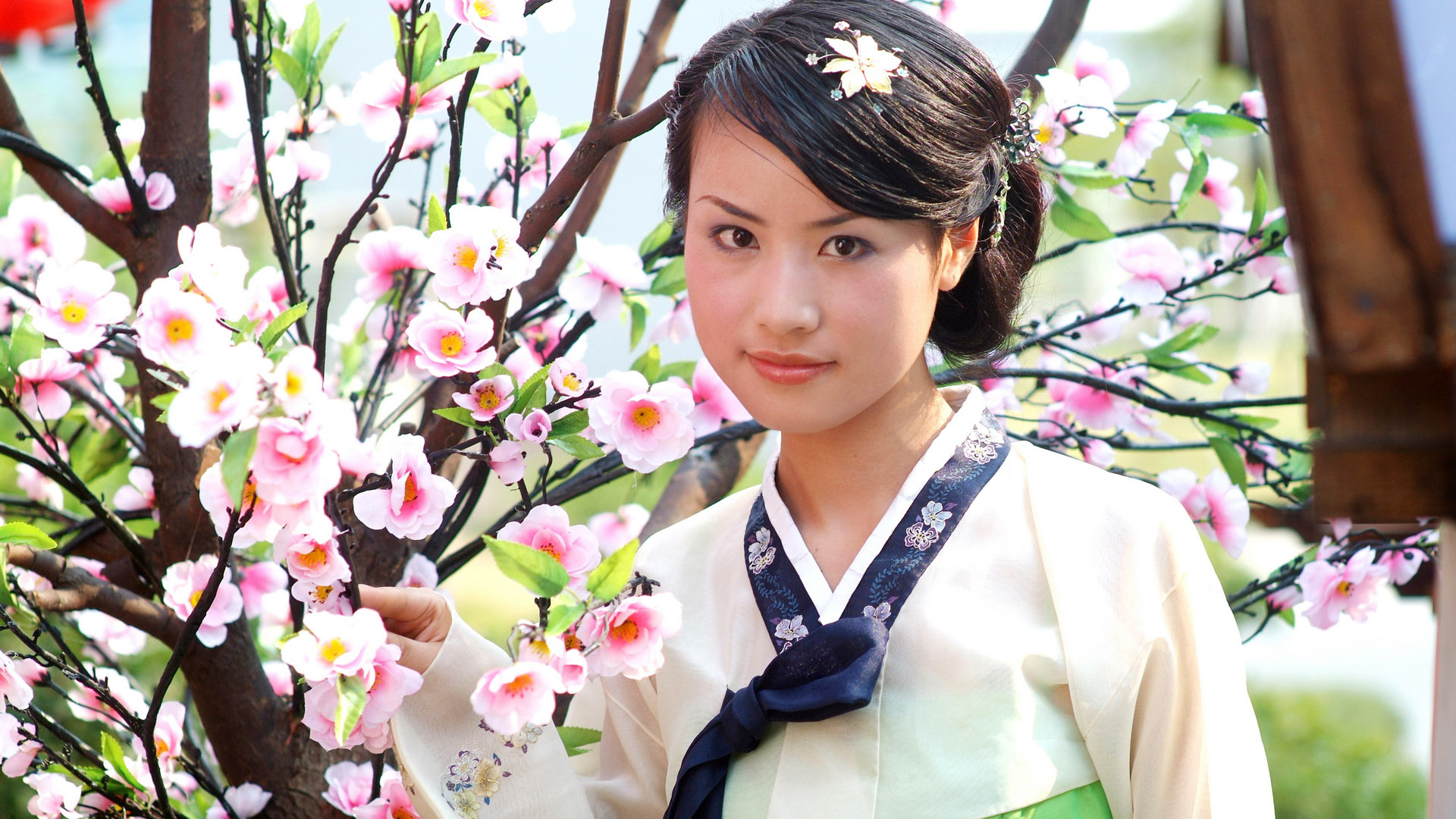 Free Download Asian Girls Wallpaper People 1920x1200 1920x1200