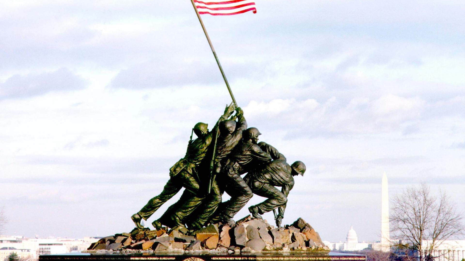 Flag Raising on Iwo Jima Wallpaper