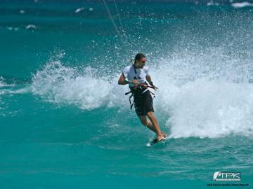 kitesurfing wallpaper thierrydehove Tropical Paradise Kitesurfing