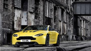 2014 Aston Martin V12 Vantage S Wallpaper in 1366x768 Resolution