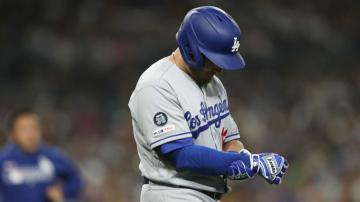 Max Muncy injury update Dodgers slugger HBP wrist out until at