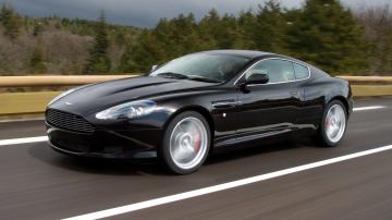 Download Aston Martin Vanquish HD Picture Wallpaper