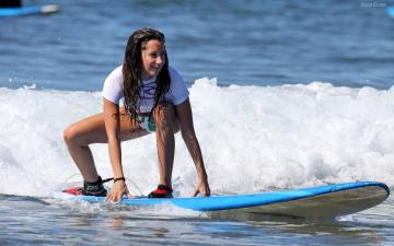 Download Sexy Girl women brunette surfing sexy hd HD Wallpaper