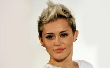Miley Cyrus 2015 Wallpaper HiresMOVIEWALLcom