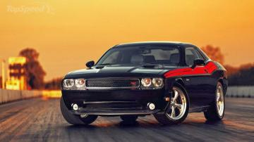 Dodge Challenger SRT8 Core 2014 Wallpaper