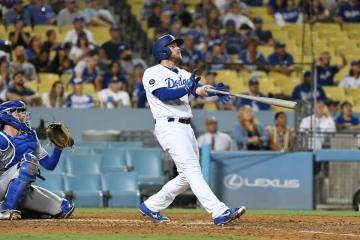 Max Muncy is on a 5 game home run streak   True Blue LA