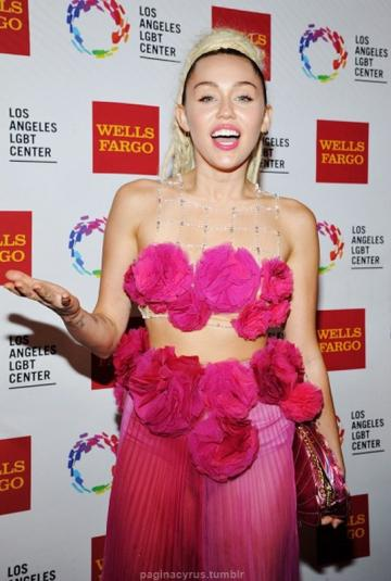 Miley Cyrus Vanguard Awards 2015 in LA