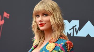 This Taylor Swift Fan Theory Suggests Folklore Is One Complete