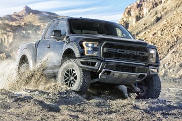 2017 Ford F 150 Raptor SuperCrew pickup muscle f150 awd wallpaper