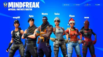 Pictures of Mindfreak signs a Fortnite team 11