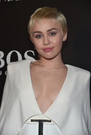 Webitou   Images   miley cyrus pictures 2015
