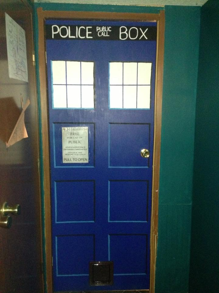 tardis door wallpaper amp tardis doors iphone 4 by