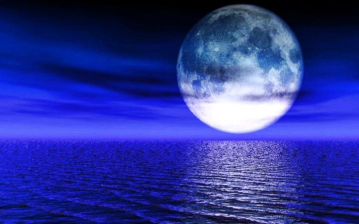 1024x819px Blue Moon Wallpaper Desktop