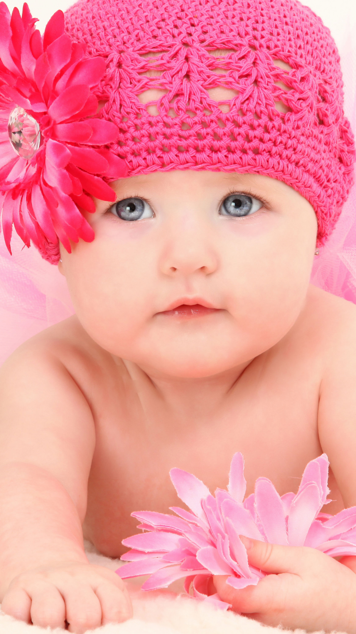 Free Download Lovely Baby Wallpaper Leavase 2000x3000 For Your Desktop Mobile Tablet Explore 76 Wallpaper For Baby Baby Boy Nursery Wallpaper Baby Girl Room Wallpaper Free Baby Wallpaper For Desktop